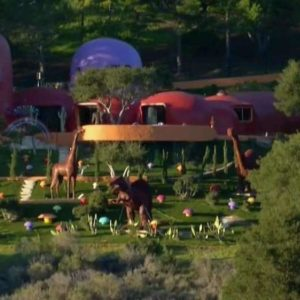 Yabba Dabba Don't Lawsuit For Flinstone House